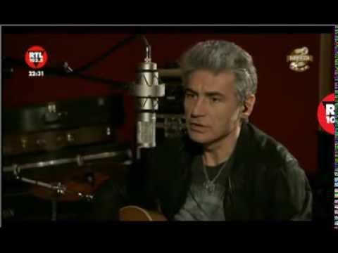 Ligabue canta 'La canzone del bambino nel vento' (Auschwitz) - Radiofreccia in Mondovisione
