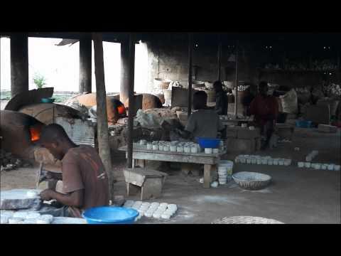 Les perles africaines de verre du Ghana par Africouleur