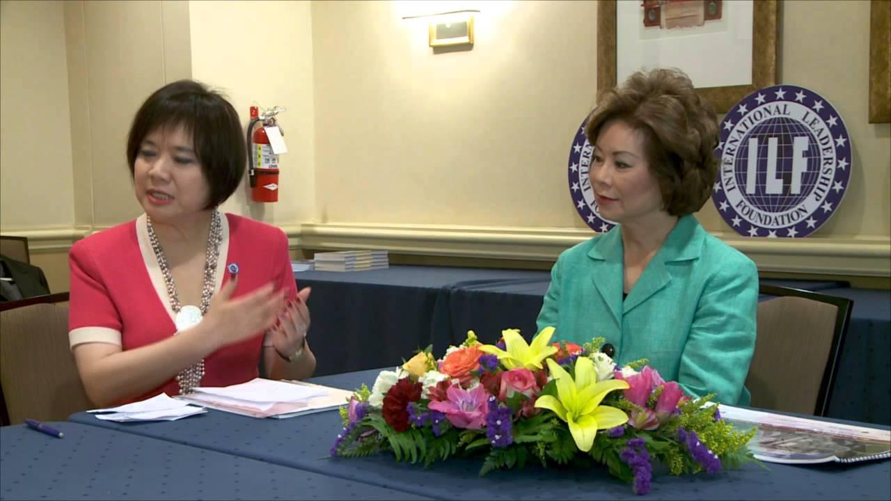 趙小蘭談趙朱木蘭基金會與父母的影響 - YouTube
