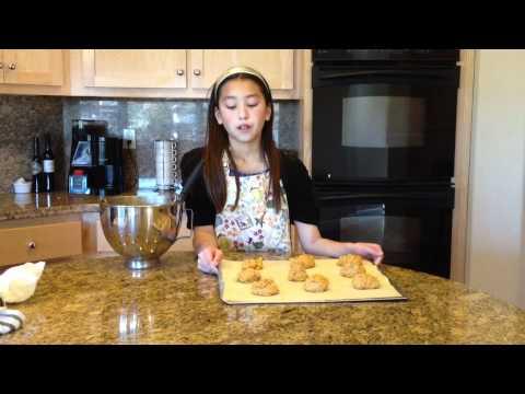 How To Make Iced Pumpkin Cookies