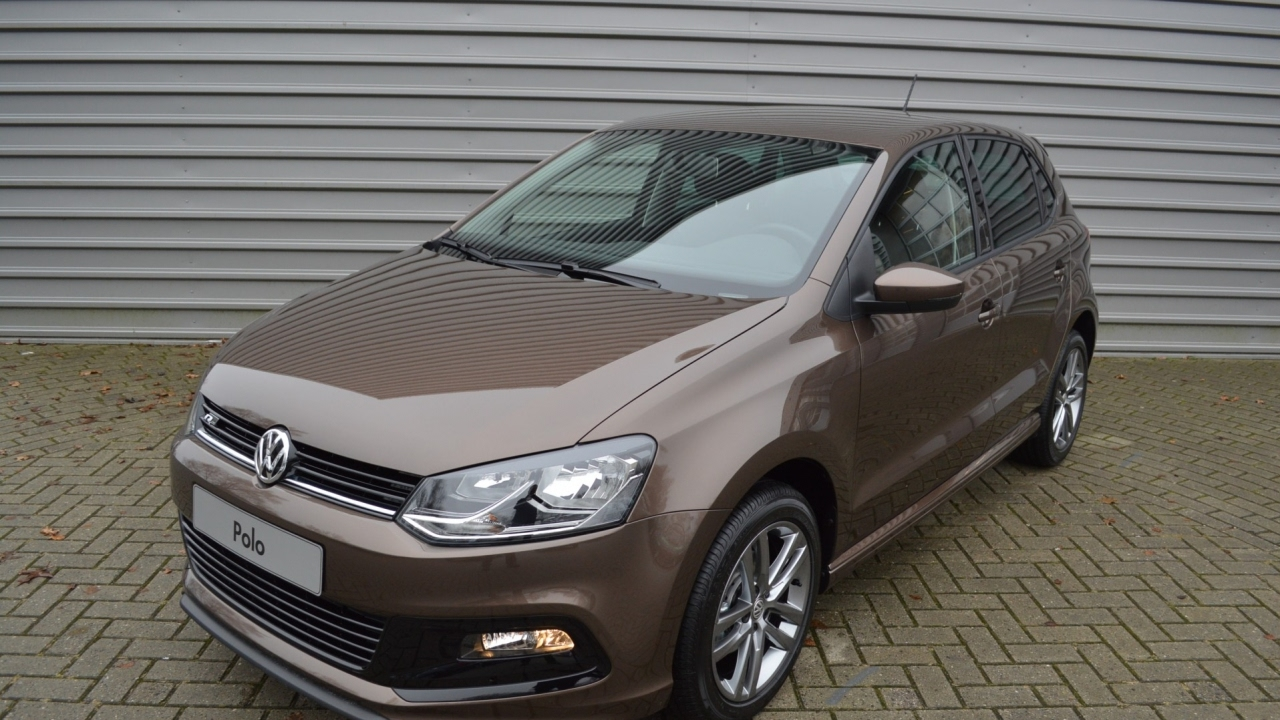 volkswagen polo voordeel 1 2 tsi 90 pk comfortline r line vsb 12728 rijklaar youtube. Black Bedroom Furniture Sets. Home Design Ideas