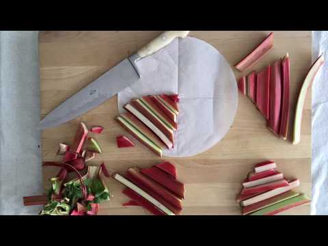 cutting rhubarb to fit into cake pan | sweetish.co