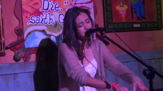 "Dia Frampton - ""Walk Away"" [Acoustic] (Live in San Diego 6-22-12)"