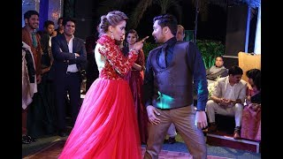 Surprise Indian Wedding Reception Dance Performance By Energetic Couple 2017