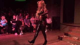 Derrick Barry - HUGE Britney Spears Mix @ Town Danceboutique