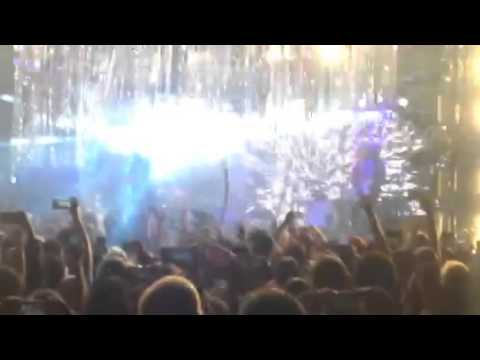 Space Oddity performed by The Flaming Lips @ Maverick Music Fest