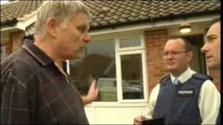 Caught on camera  Dave the dodgy roofer