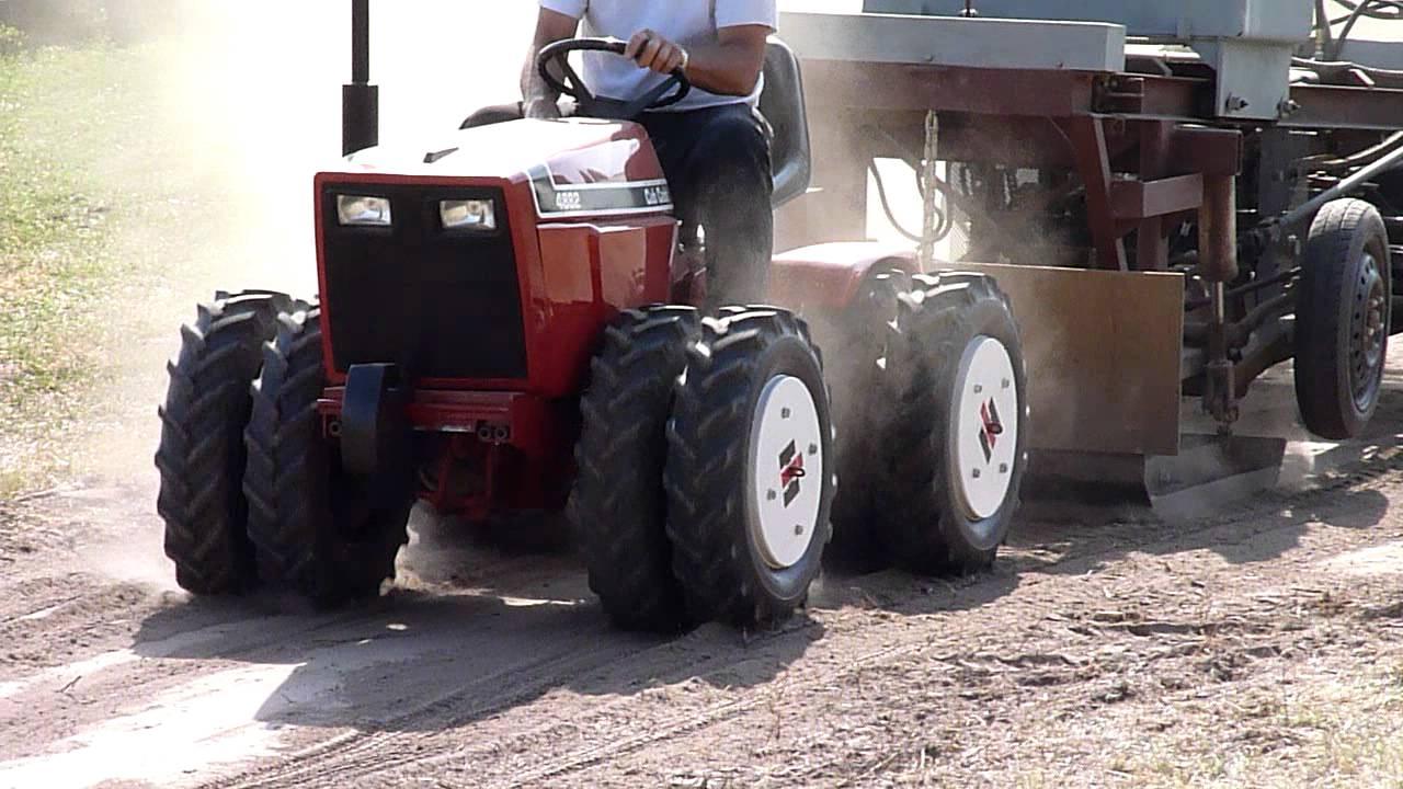 Articulating Cub Cadet 4882 garden tractor puller 2012 Plow Days