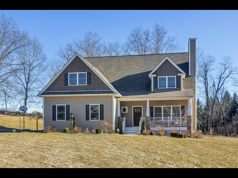 Real Estate Video Tour | 11 Country Glen, Fishkill NY, 12524 | Dutchess County, NY