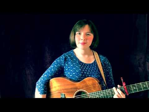 """Molly Jeanne Covers Reba McEntire's Hit Song """"How Blue"""" (John Moffat)"""