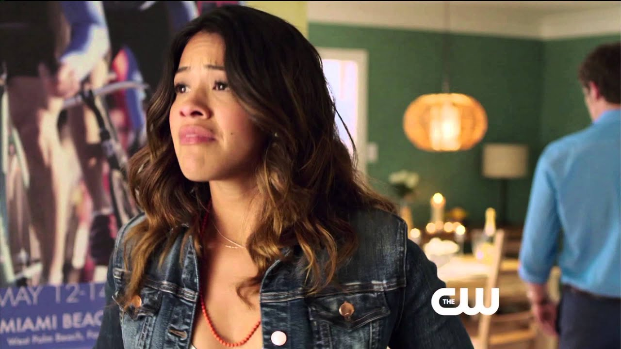 Gina rodriguez in jane the virgin 20152016 - 2 3