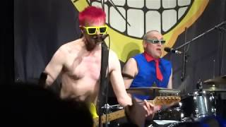 the toy dolls - the death of barry the roofer with vertigo, live, bürgerhaus stollwerck, köln