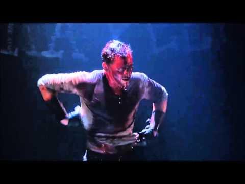 Brief scene from Coriolanus   I blame Tom Hiddleston for my high standards on men