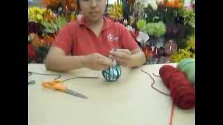 Crankin' Out Crafts -ep184 Yąrn Ball Decoration