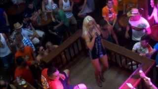 Biggi Bardot singt im Bierkönig - Mallorca / Majorca