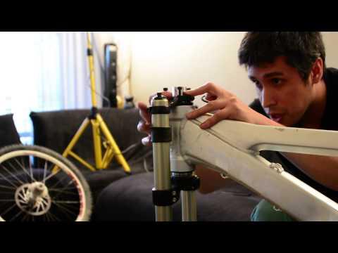 Armando una bicicleta de descenso