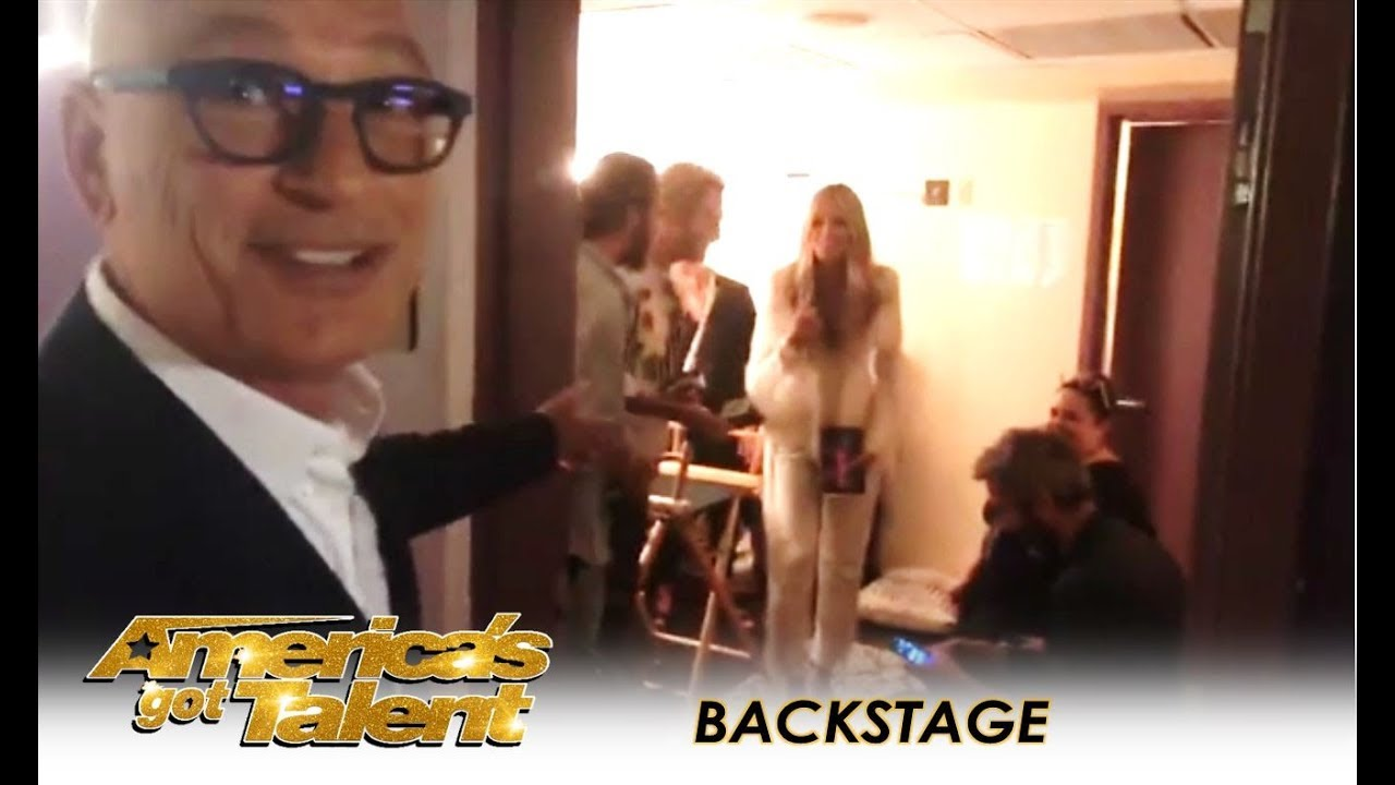 Howie Mandel CRASHES Heidi Klum's Dressing Room Backstage AGT Live Shows | America's Got Talent 2018