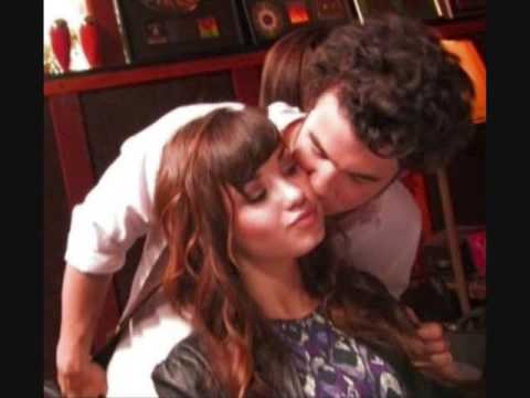 Kevin Kisses Demi On The Cheek. They're So Close!! Www.wambie.com