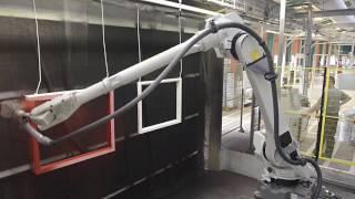 Окрасочная линия отделки Cefla с 2 антропоморфными роботами iGiotto Cefla
