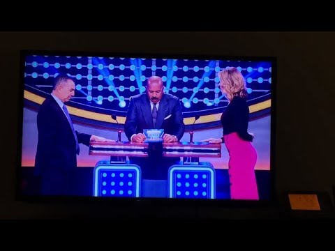 Celebrity Family Feud: Inside The NBA Vs. MLB All Stars SUDDEN DEATH + Crazy Laugh