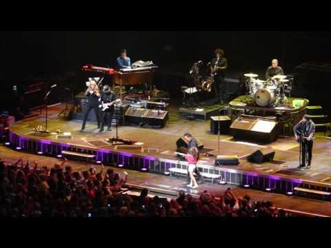 Bruce Springsteen, Waiting on a SunnyDay, 08/28/2016