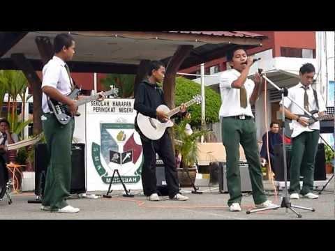 Jar of Hearts ft Bulan 8 d Sandakan by Plucky Band