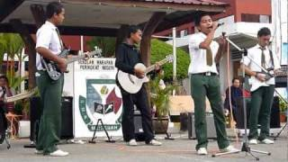Jar of Hearts ft Bulan 8 d Sandakan by Plucky Band
