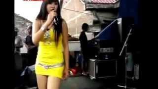 Video Dangdut Hot New 2015 Penyanyi Resty Ananta Cantik Romansa Rutamaya Dangdut download MP3, 3GP, MP4, WEBM, AVI, FLV Agustus 2017