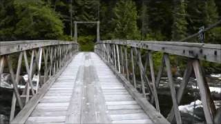 Split Creek Trailhead Bridge, Lochsa River, Idaho, USA