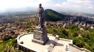 Стоит над горою Алеша -  Болгарии русский солдат.