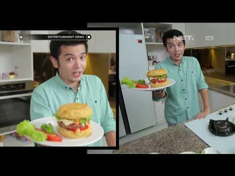 Enaknya Burger Indomie Bikinan Nicky Tirta