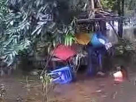 น้ำท่วมหลังวัดเกาะแก้ว 1สปพ  ฉช  2