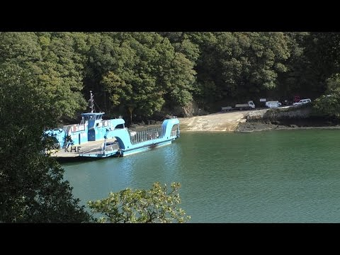 King Harry Ferry - Truro & Falmouth to St Mawes & The Roseland Peninsula