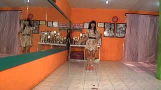 PUJI RAHAYU cover dance A Pink