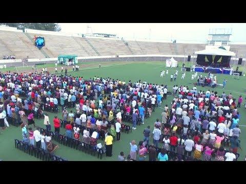 Preparativos e Chegadas no Estádio da Machava ao culto de travessia do Ano 2018/2019