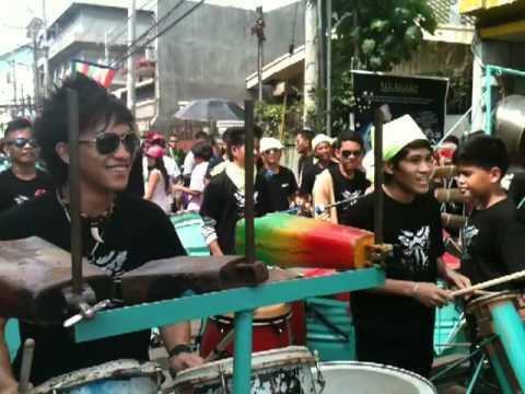 davao drumbeater (kadayawan festival 2011)
