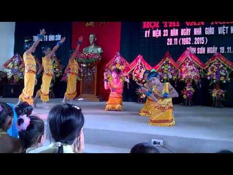 Múa Niềm Vui Của Em - Lớp 5A trường tiểu học Vĩnh Sơn.