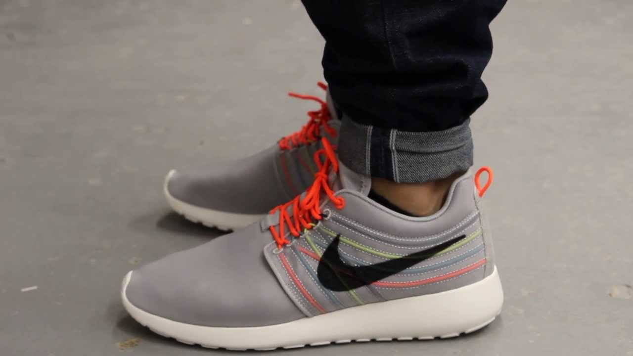 nike roshe run iguana on feet christmas