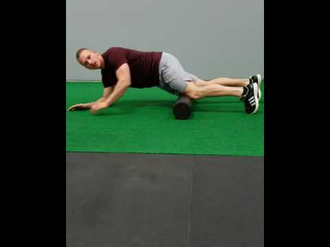 Exercise Tip: Foam Roller Press Up