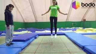 Подарки для двоих: прыжки на батуте(http://www.bodo.ua/kiev/pryzhki-na-batute/ Возможность попрыгать на профессиональном батуте. Персональное сопровождения..., 2014-02-25T07:44:57.000Z)