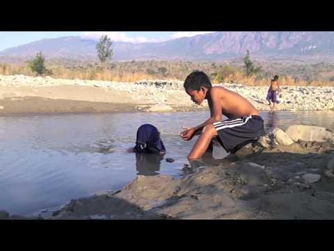 Timor-Leste - The Boy and the Crocodile - Water World International Children's Film Festival 2012