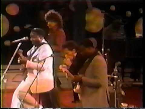 Muddy Waters - Live at The Forum '78 (special guest James Cotton and band)