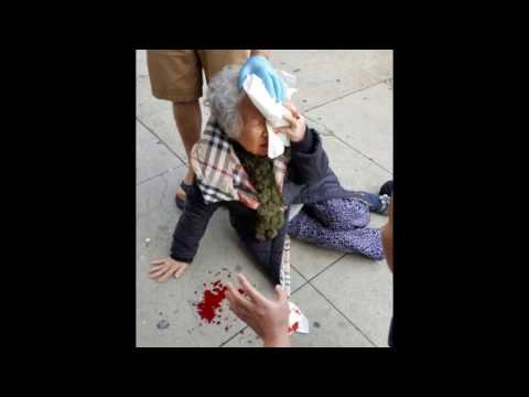 Korean grandmother attacked by a racist woman in LA Korea town(CCTV)