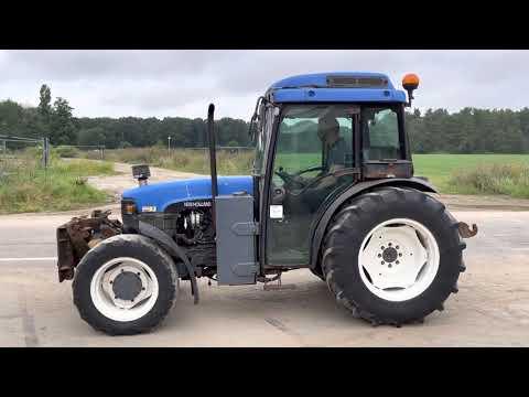 Used heavy machinery New Holland TNF90 Traktor