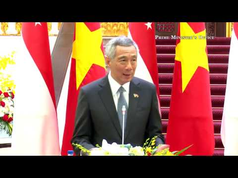 Joint Press Conference Singapore PM at Office of the Government, Hanoi, Vietnam
