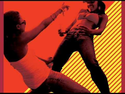 Dj Qness feat Oluhle- Fugama Unamathe aero manyelo remix.wmv