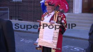Town Crier Tony Appleton announces the birth of Prince Wi...