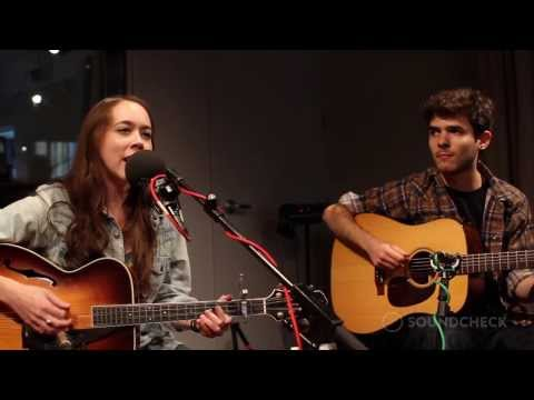 "Sarah Jarosz: ""Mile On The Moon,"" Live On Soundcheck"