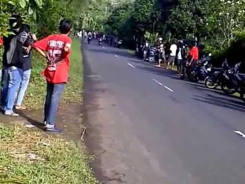Drag Bali RG merah D2D(door To Door) VS RG hitam paling kenceng ...