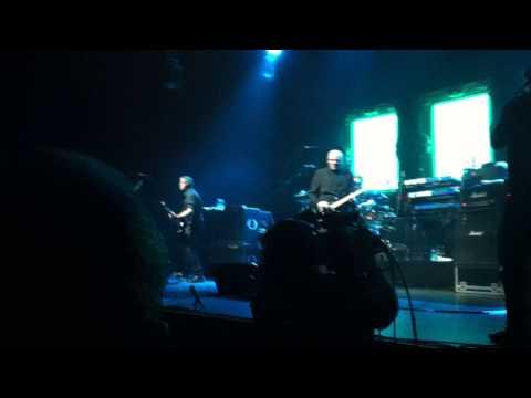 The Stranglers - Live in Paris - Intro